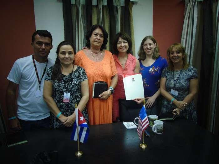 Televisión Serrana firma convenio con universidad de Estados Unidos