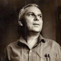 Santiago Álvarez:  UN NOMBRE QUE SE ESCRIBE CON MAYÚSCULAS, NEGRITAS Y SUBRAYADO